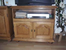 Sidebord, TV Schrank und Chippendale