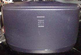Foto 2 Siemens Gigaset 4015 mit AB und 2 Telefone 4000 Micro inkl. Ladeschalen