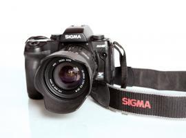 Sigma SD 10 Spiegelreflex. inkl. Sigma Zoom 28-105 mm Objektiv