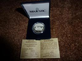 Silbermünze mit Zertifikat abzugeben