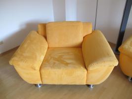 Foto 3 Sitzgarnitur 3 Sitzer und 2 Sessel