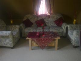 Sitzgarnitur 3er und 2 Sessel