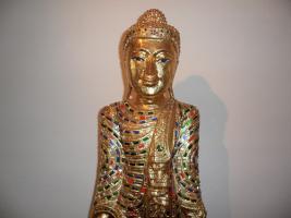 Foto 3 __Skulptur__Therorada___Buddhismus__mit Blattgold__Handgeschnitzt