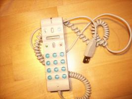 Foto 3 Skypephone mit USB Anschluss