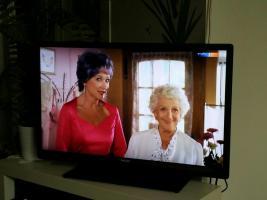 Smart TV Fernseher Philips Model NO 32PFL4508K/12