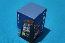 Foto 3 Smartphone Nokia Lumia 800 NEU