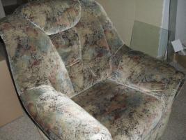 Foto 3 Sofa-2 Sitzer und 3 Sitzer und 1-Sessel und 2 Kissen