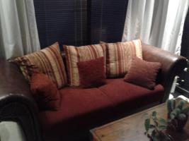 Sofa Afrika Kolonialstil Bordeaux-Rot ** NEU ** Top Zustand!!!!
