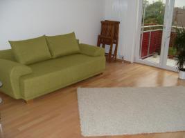 Sofa (Schlafcouch), Standregal  und mehr