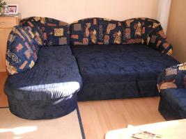 Foto 3 Sofa mit Schlaffunktion und Sessel