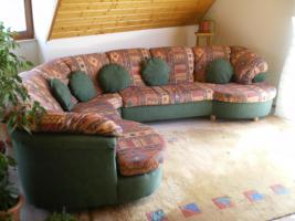 Sofa und Teppich zu verkaufen