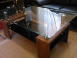 Foto 4 Sofa  1. 2. 3 und Anbauwand und ein Glastisch