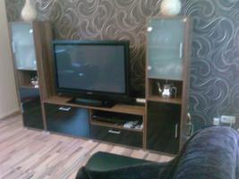 Foto 7 Sofa  1. 2. 3 und Anbauwand und ein Glastisch