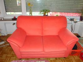 Foto 3 Sofagarnitur - lachsfarben - 3-Sitzer + 2-Sitzer - sehr gut erhalten