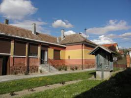 Foto 7 Solides trockenes Bauernhaus in W-Ungarn VHB 15000� auf 1800qm Grund!