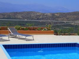 sonne meer natur kreta bungalow mit pool in kavousi. Black Bedroom Furniture Sets. Home Design Ideas