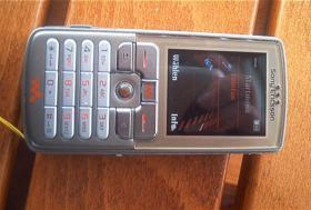 Sony Ericsson W700i – das Walkman Handy - das Betreiben der Speicherkarte bis 4 GB möglich (nicht dabei)