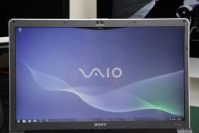 Foto 2 Sony Vaio VGN-AW41ZF/B 18,4'' Full HD