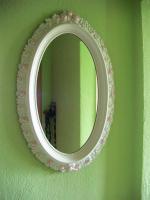 Spiegel mit Rosenmotiven
