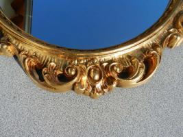Foto 4 Spiegel mit goldfarbenem Rahmen