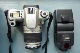 Spiegelreflex-Kamera * Canon EOS 300
