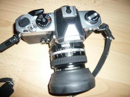 Foto 2 Spiegelreflexkamera Nikon FM mit Objektiv Nikon Nikkor 50 mm 1:1,4