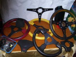 Foto 3 Sportlenkradnaben + Lenkräder f. Bastler , usw.