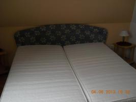 Foto 2 Stabiles Doppelbett mit allem Drum und Dran!