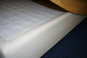 Foto 2 Stabiles, hochwertiges Boxspringbett 120x210 cm