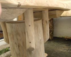 Foto 4 Stammtisch, Baumstammtisch, Holztisch massiv