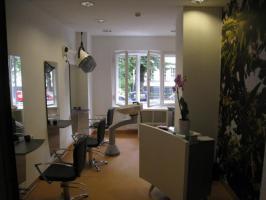 Foto 2 Start als Friseur in Berlin Wilmersdorf -Komplett eingerichteter Laden