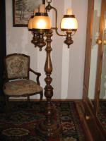 Stehlampe - Antik Stil -