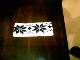 Foto 2 Stirnband / weiß mit schwarzen Eiskristallen / neu /