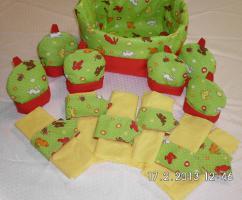 Stoff Brotkörbchen, Eierwärmer und Servierttenringe