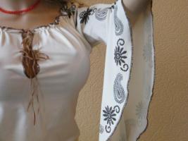 Foto 3 Stylische Tunica mit weiten Ärmeln in Beige mit braunen Stickereien S /