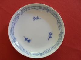 Suche Alt Fürstenberg blau Geschirr Teller Tassen usw
