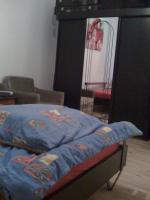 Foto 3 Suche passende nette Mitbewohnerin - Biete sofort Möbelierte Zimmer