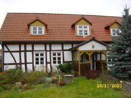 Foto 2 Süßes kleines Bauernhaus im Försterstil mit grundstück