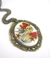 ' Swallow Passion ' Cameo Kette