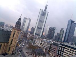 TG Stellplatz in Frankfurter City ab sofort von/an privat
