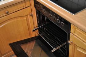 Foto 3 TOP Einbauküche - Siemens Spülmaschine, Herd, Kühlschrank, Gefrierschrank - TOP