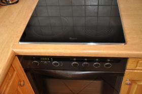 Foto 4 TOP Einbauküche - Siemens Spülmaschine, Herd, Kühlschrank, Gefrierschrank - TOP