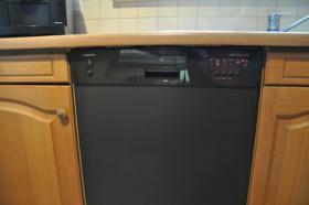 Foto 7 TOP Einbauküche - Siemens Spülmaschine, Herd, Kühlschrank, Gefrierschrank - TOP