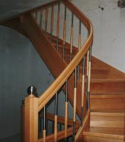 treppen aus polen g nstig in birkenhain parkett laminat treppen b den. Black Bedroom Furniture Sets. Home Design Ideas
