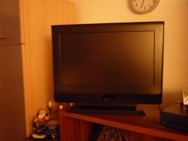 TV Flachbild Diagonal 68cm HDMI -PC-und versch.Anschlüße