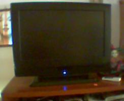 Foto 3 TV Gerät Flachbildschirm Digital 68cm Bild