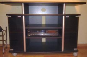 Foto 2 TV Tisch