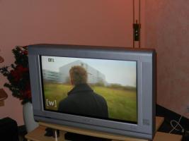 TV  32''; 14:9 Format