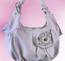 Tasche mit Blume weiß