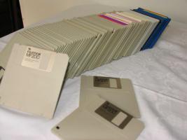 Foto 2 Tausche 100 Disketten gegen 1 Tafel Schokolade
